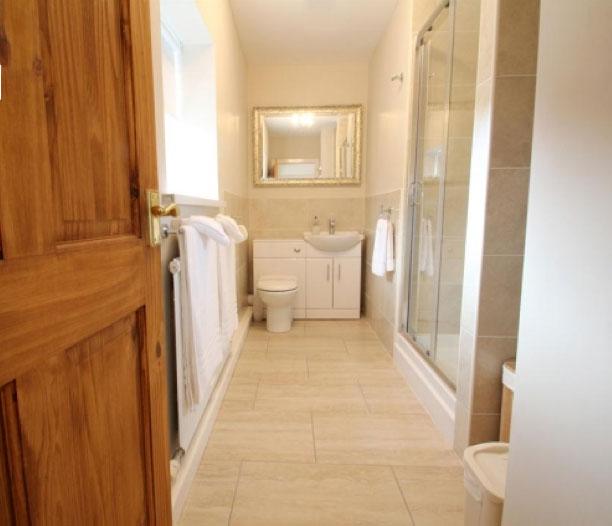 bathroom-renovations-in-swansea